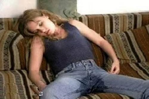 Chicas dormidas borrachas porno